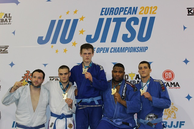Team USA wins Blue Belt Heavyweight Team Gold with four Lloyd Irvin Competitors and one Rafael Lovato Competitor